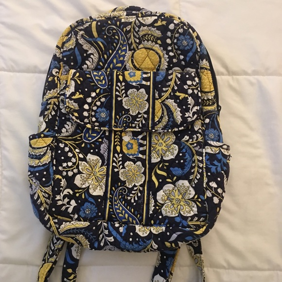 Vera Bradley small backpack with magnetic pocket